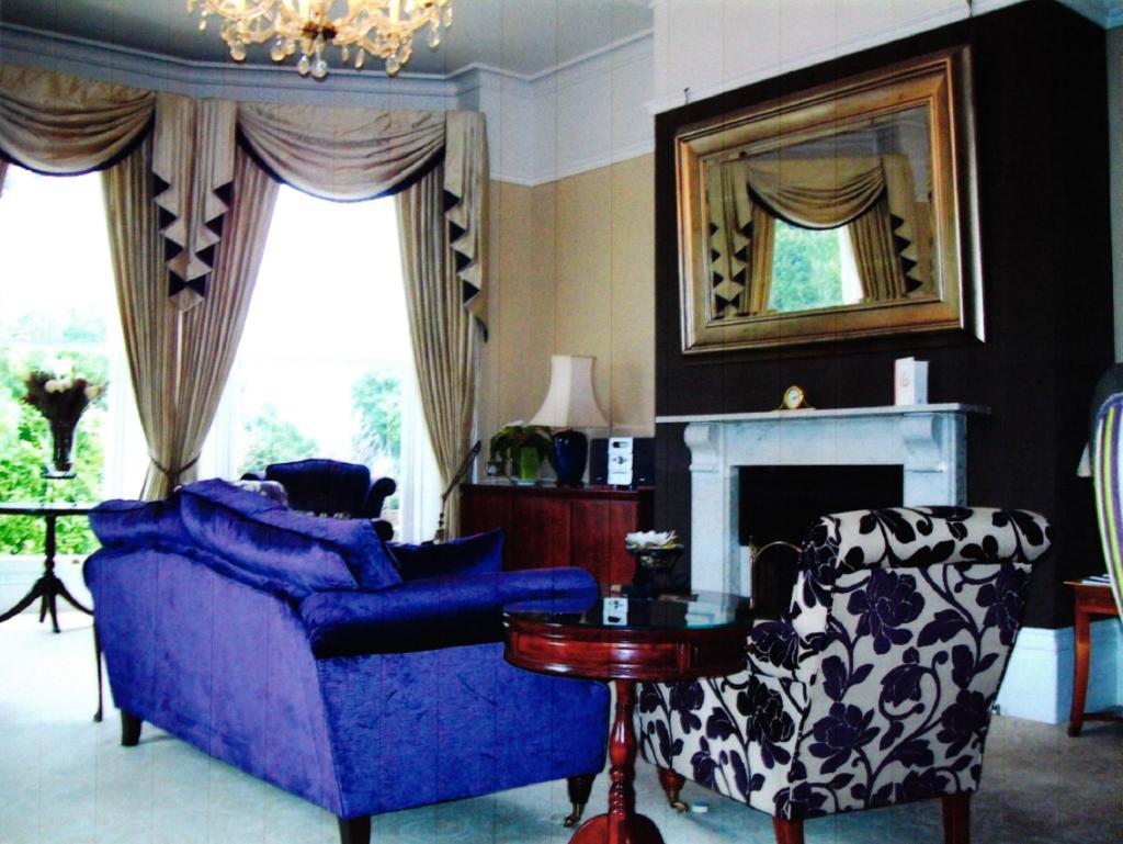 Beaumont Hotel interior design photo